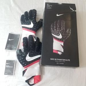 Nike GK Phantom Elite GoalKeeper Gloves CN6724 011